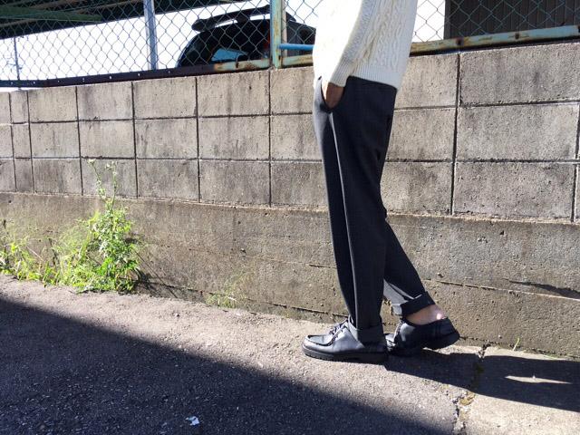 YAECA(ヤエカ) EASY SLACKS