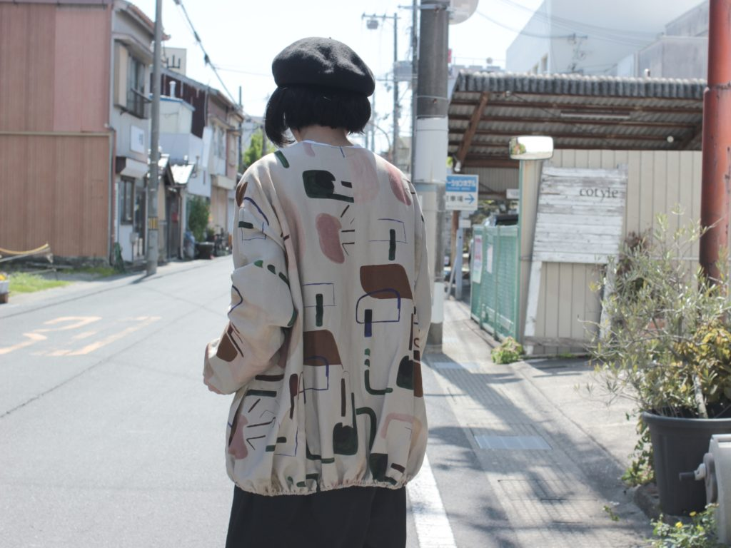 【Dulcamara 春ブルゾン!ライブラリープリント】